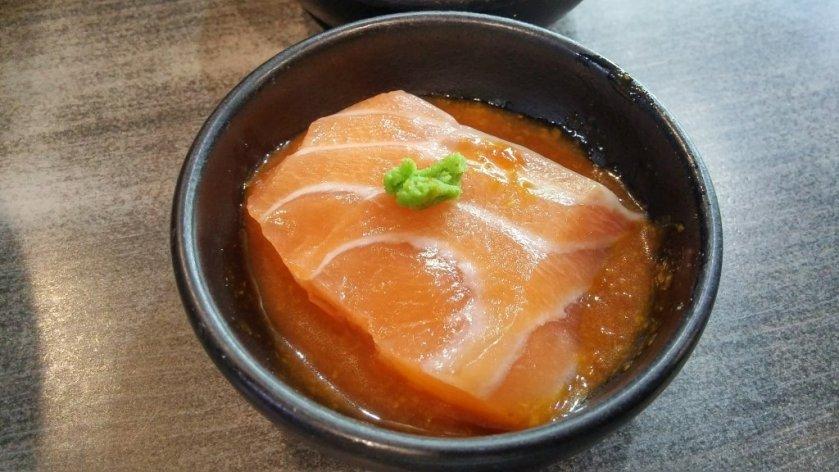 跟鮭魚與芥末很搭