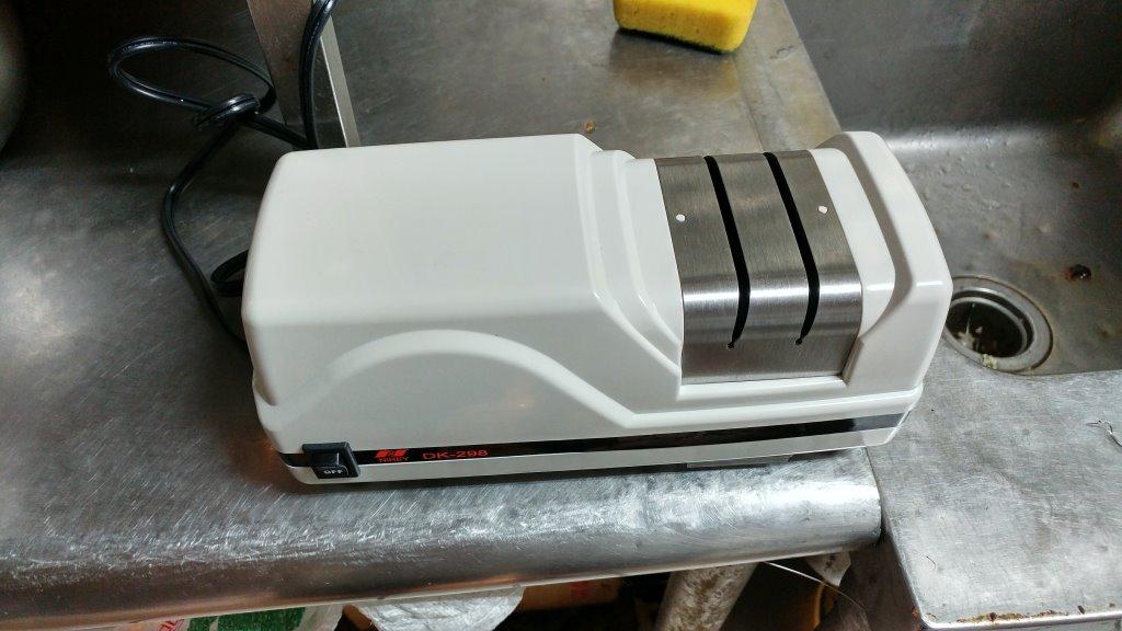 初次使用 耐銳 家用電動磨刀機 DK-298 以及檢測到底花這個錢有沒有價值?