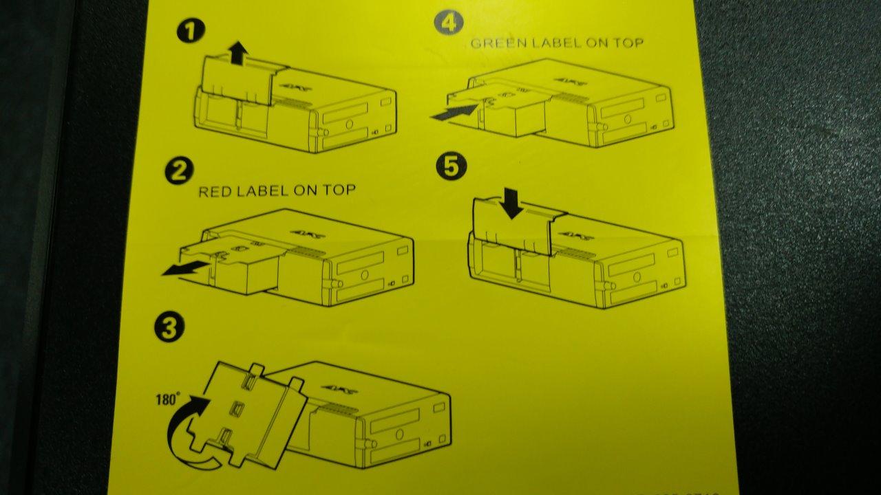 主婦 挿入 無修正 要將電池翻轉插入後,UPS的電池電源才有正式啟動