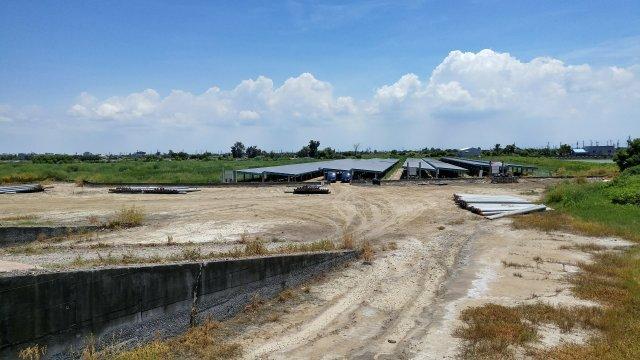 村子另一角的太陽能發電