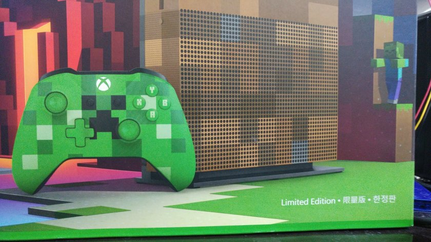 Xbox One S Minecraft Limited Edition Console