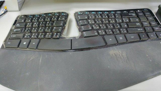 Microsoft Sculpt 人體工學鍵盤(Sculpt Ergonomic Keyboard)