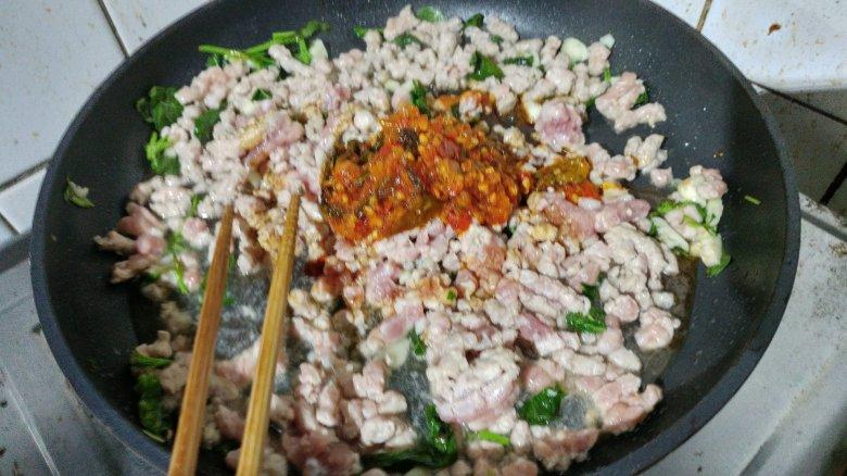 第一次煮打拋豬肉