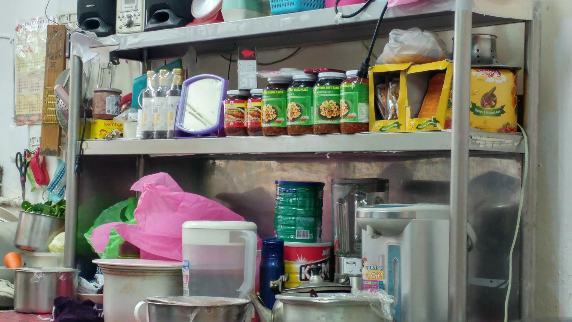 印尼料理店的甲拋醬