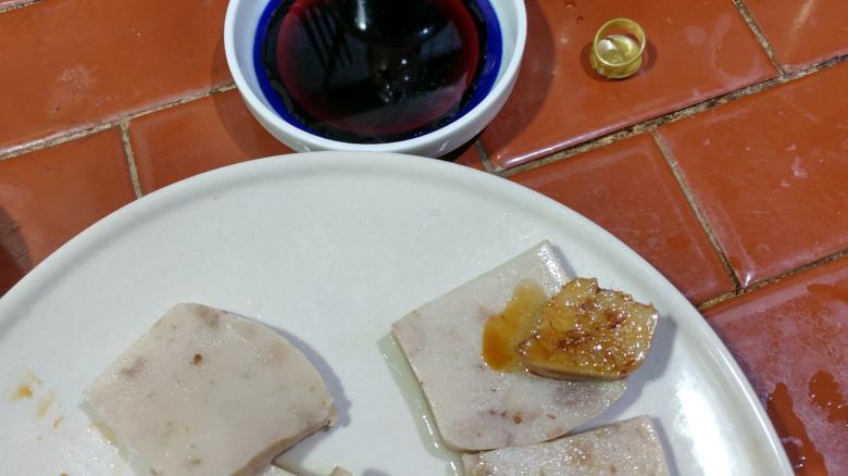 台灣統萬龜甲萬 御釀醬油 配義美芋頭粿