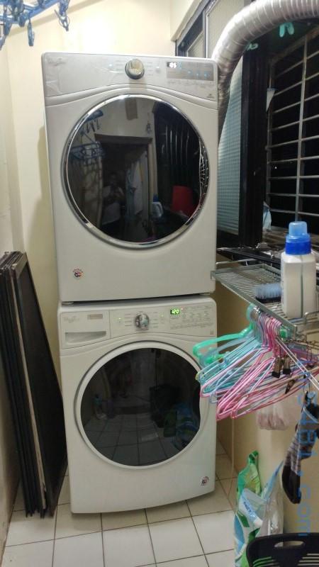 上面是WGD92HEFW 乾衣機,下面是WFW85HEFW洗衣機