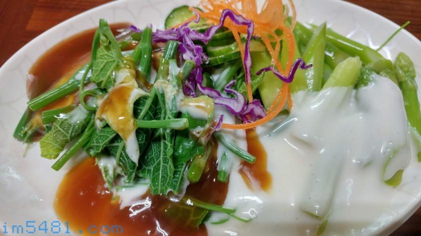 嘉義南門涼麵-龍鬚菜跟蘆筍