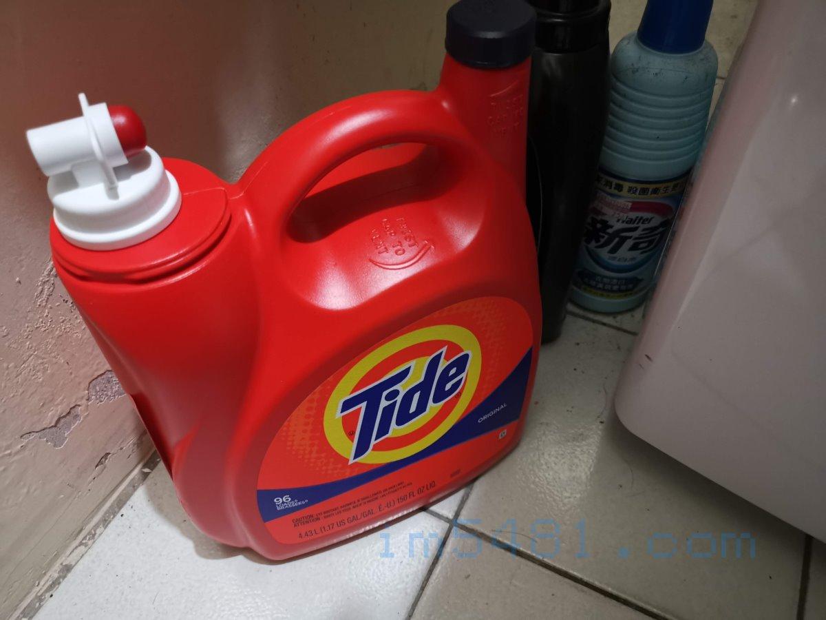 Tide汰漬2X濃縮洗衣精平常的放置,要盡量避免塑膠桶破裂